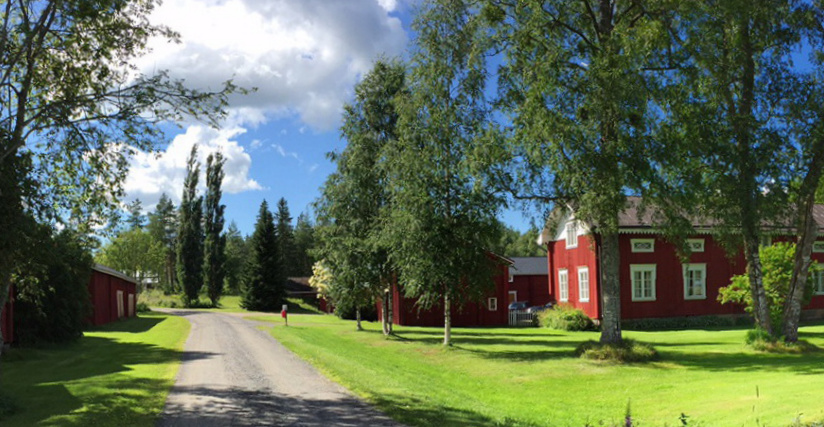 Mäki-Laurilan maatila